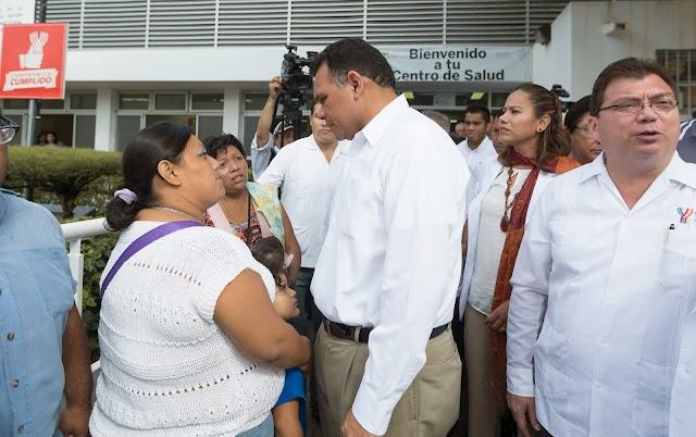 Entrega Rolando Zapata obras de salud por 6.2 MDP