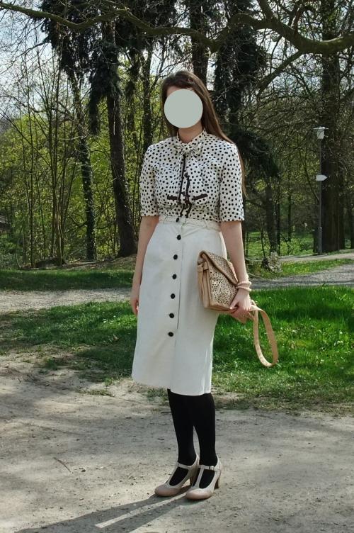 pussy bow blouse, elegant, 1940s, T strap shoe