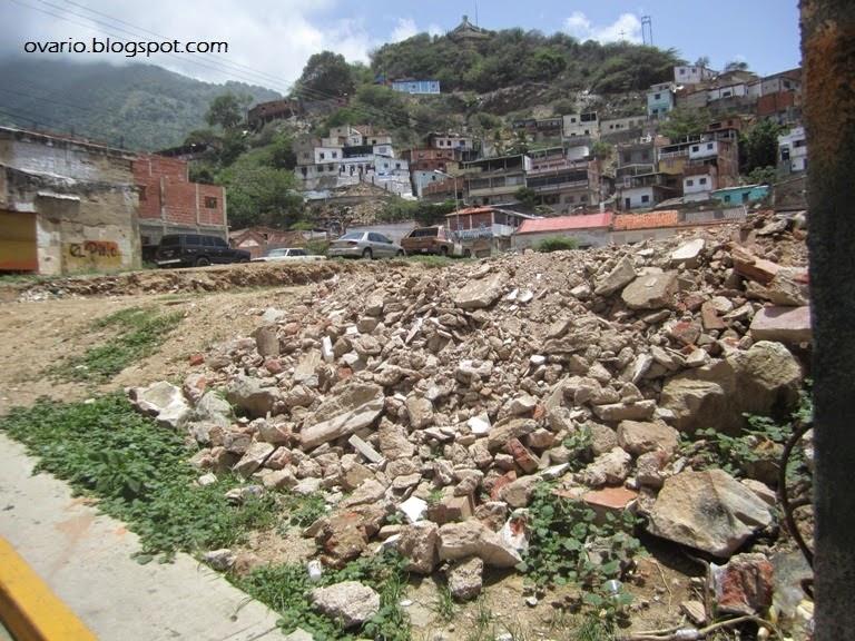 Luego de 16 años de revolución Caracas y la Guaria lucen muy mal  IMG_9526