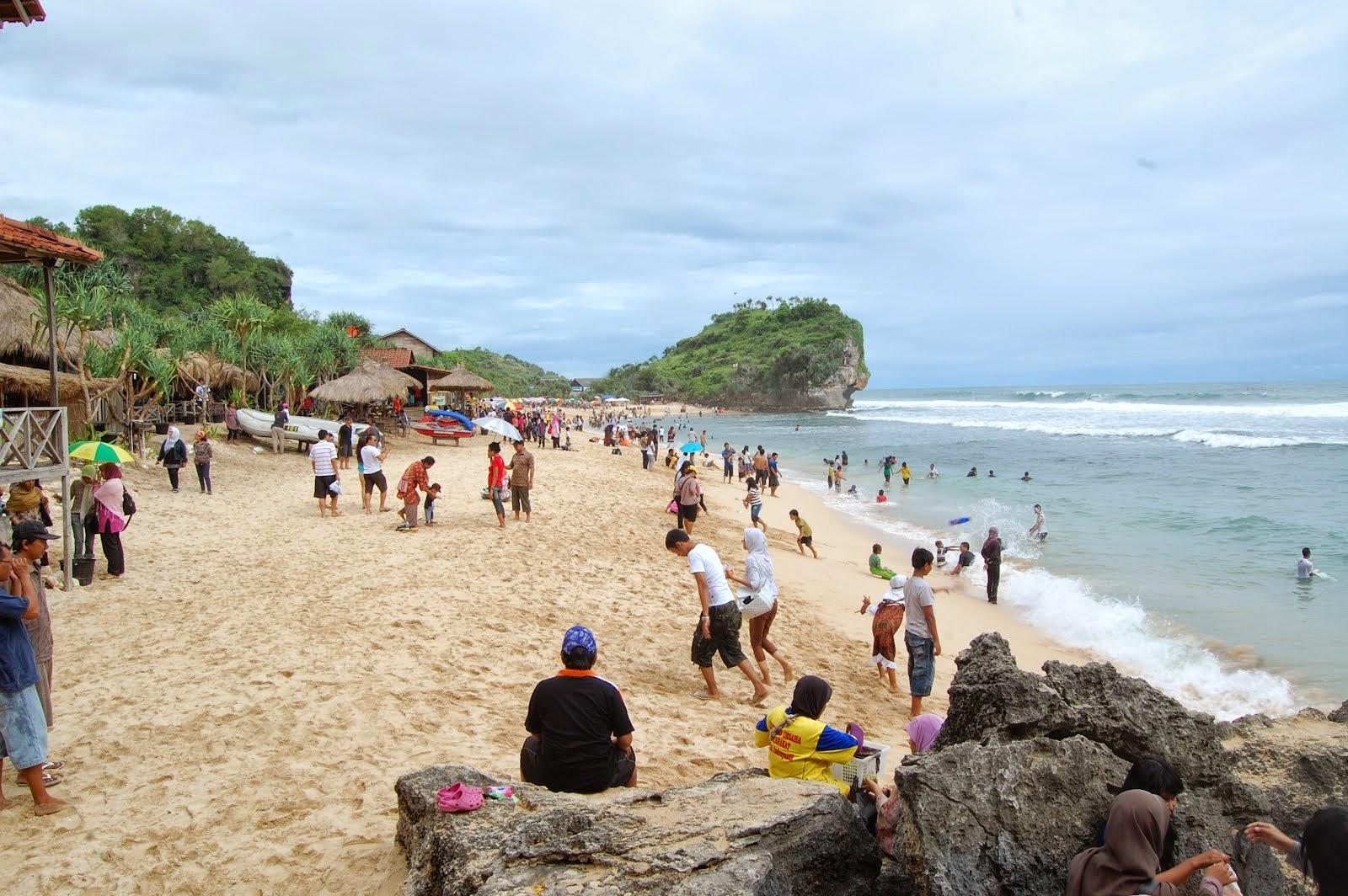 7 Wisata pantai mengesankan di Jogja