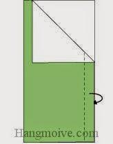 Bước 3: Gấp cạnh giấy của lớp giấy trên cùng vào trong giữa hai lớp giấy.