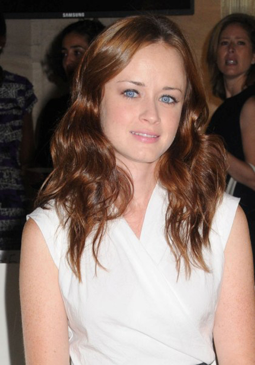 Alexis Bledel Hairstyle 12