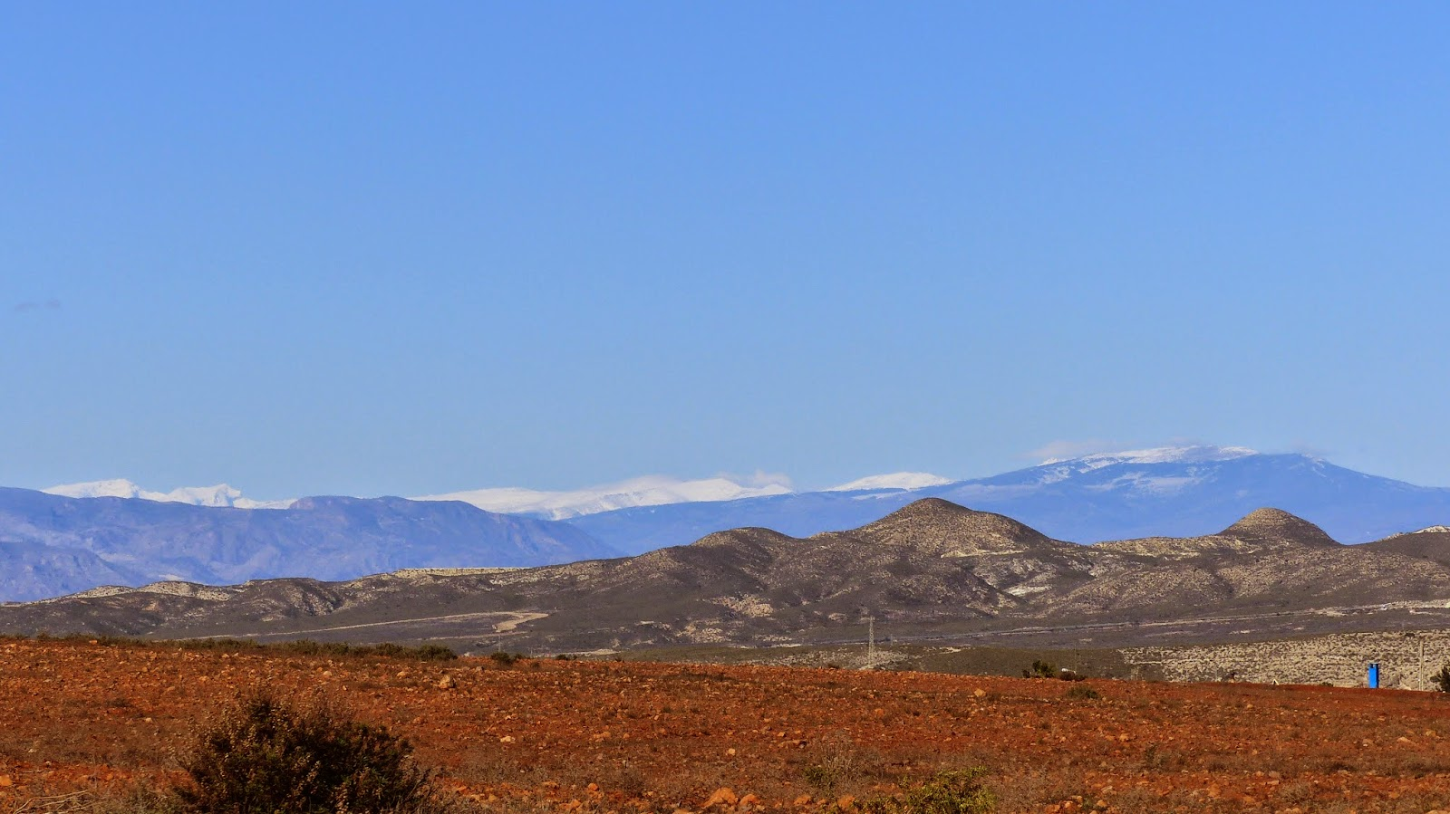 Distant peaks of the Sierra Nevada from Los Albaricoques