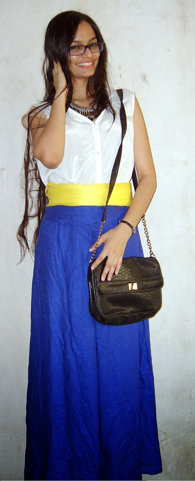 geek chic, how to wear oversized clothing, mumbai fashion blogger, streetstyle, electric blue palazzos, different ways to wear a scarf