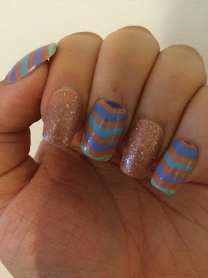 Sparkly Nails Relaxed Chevron Nail Stencils