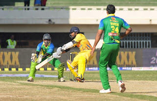 Celebrities Actors Actress Pictures Chennai Rhinos Vs Kerala Strikers Match Pictures at CCL5  1026.jpg