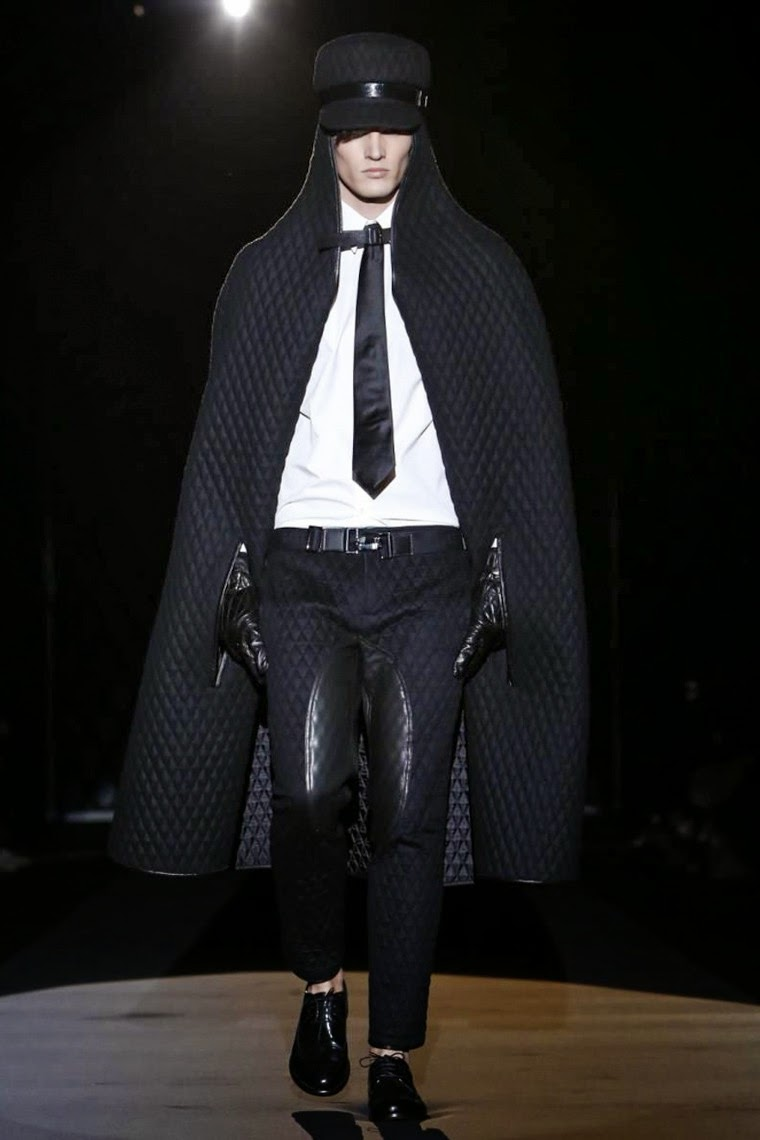 DAKS AW15, DAKS FW15, DAKS Fall Winter 2015, DAKS Autumn Winter 2015, DAKS, du dessin aux podiums, dudessinauxpodiums, MFW, Pitti Uomo, mode homme, menswear, habits, prêt-à-porter, tendance fashion, blog mode homme, magazine mode homme, site mode homme, conseil mode homme, doudoune homme, veste homme, chemise homme, vintage look, dress to impress, dress for less, boho, unique vintage, alloy clothing, venus clothing, la moda, spring trends, tendance, tendance de mode, blog de mode, fashion blog,  blog mode, mode paris, paris mode, fashion news, designer, fashion designer, moda in pelle, ross dress for less, fashion magazines, fashion blogs, mode a toi, revista de moda, vintage, vintage definition, vintage retro, top fashion, suits online, blog de moda, blog moda, ropa, blogs de moda, fashion tops, vetement tendance, fashion week, Milan Fashion Week