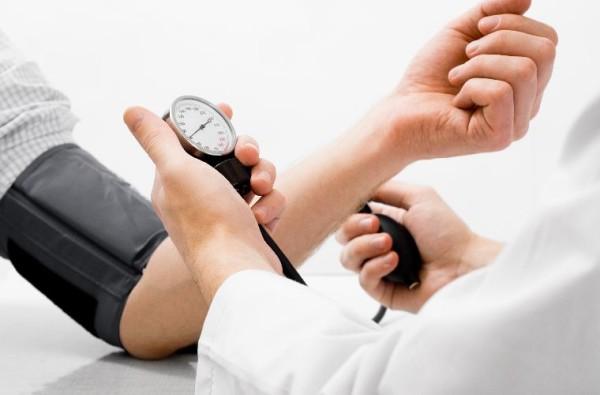 Revolucionário, seguro e eficaz tratamento contra a hipertensão usando iodo