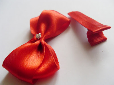 Bow hairclip DIY