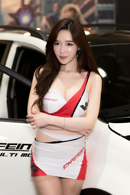 3 Lee Hwa Ri - Seoul Auto Salon - very cute asian girl-girlcute4u.blogspot.com