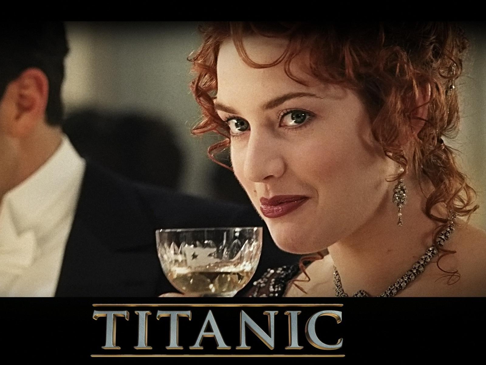 http://3.bp.blogspot.com/-giZJm1AoH60/T4qgKJuncLI/AAAAAAAAAf4/0cIzppzew78/s1600/titanic-3d-wallpaper_184247-1600x1200.jpg