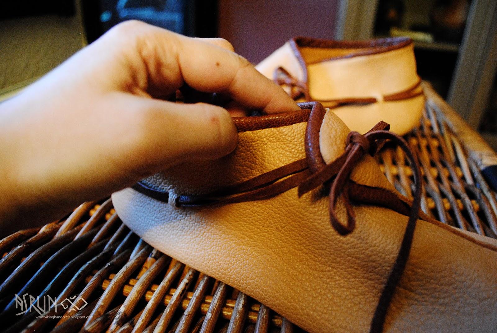 viking handcraft: Wendegenähte Schuhe (Haithabu)