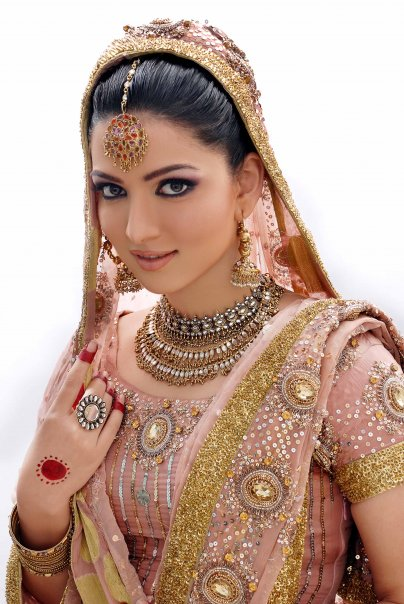 Pakistani Actress Sara Chaudhry Wedding