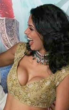 Hairy pussy sherawat Mallika