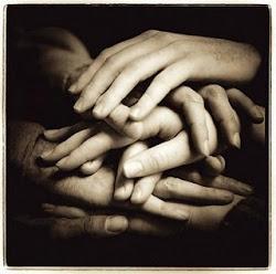 Los amigos verdaderos se cuentan con los dedos de las manos.