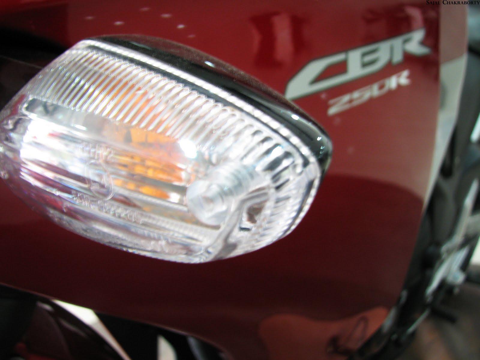 2011 Honda CBR 250R 15