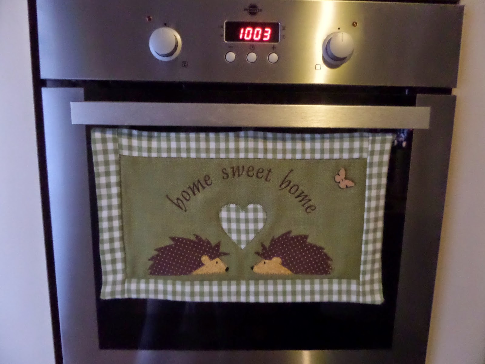 Atélier stravagario tende da cucina decoro riccio verde