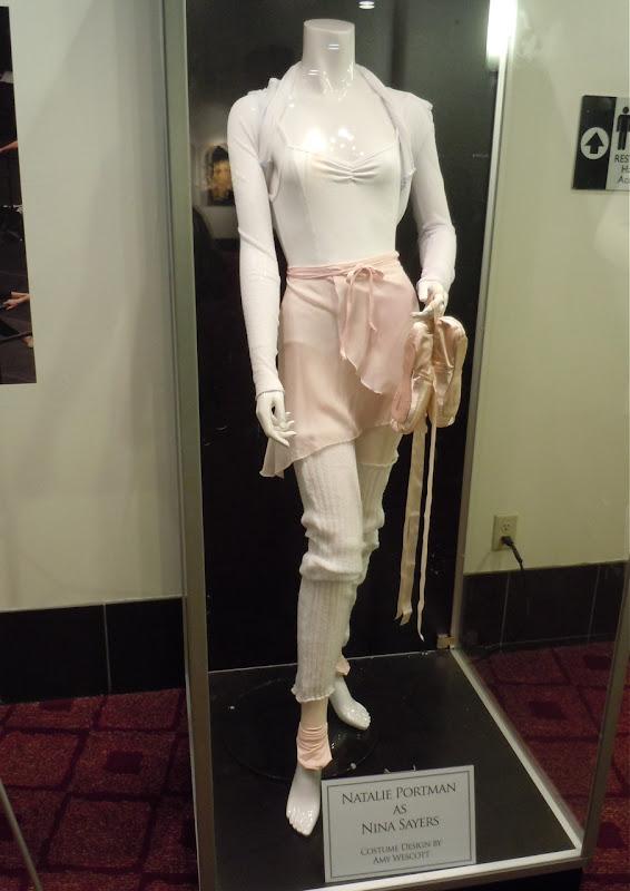 Natalie Portman Black Swan ballet outfit