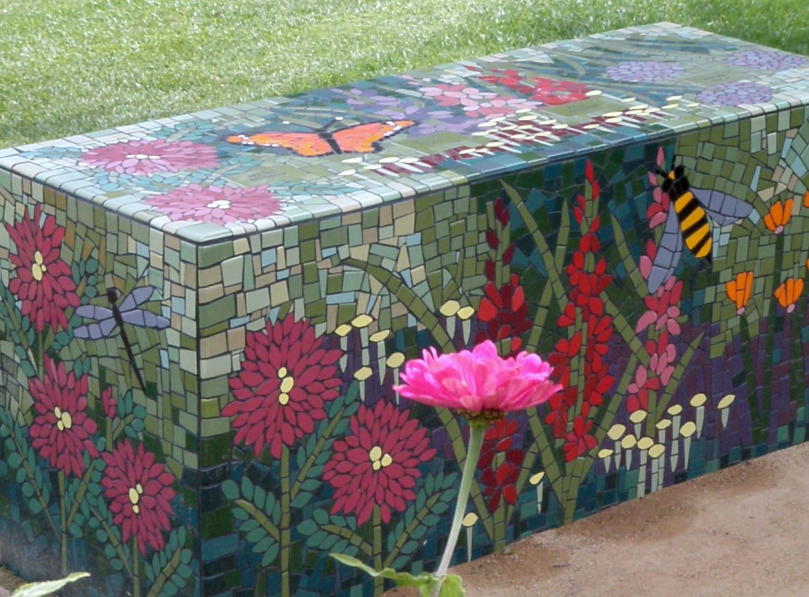 Cabin Amp Cottage A Mosaic Garden