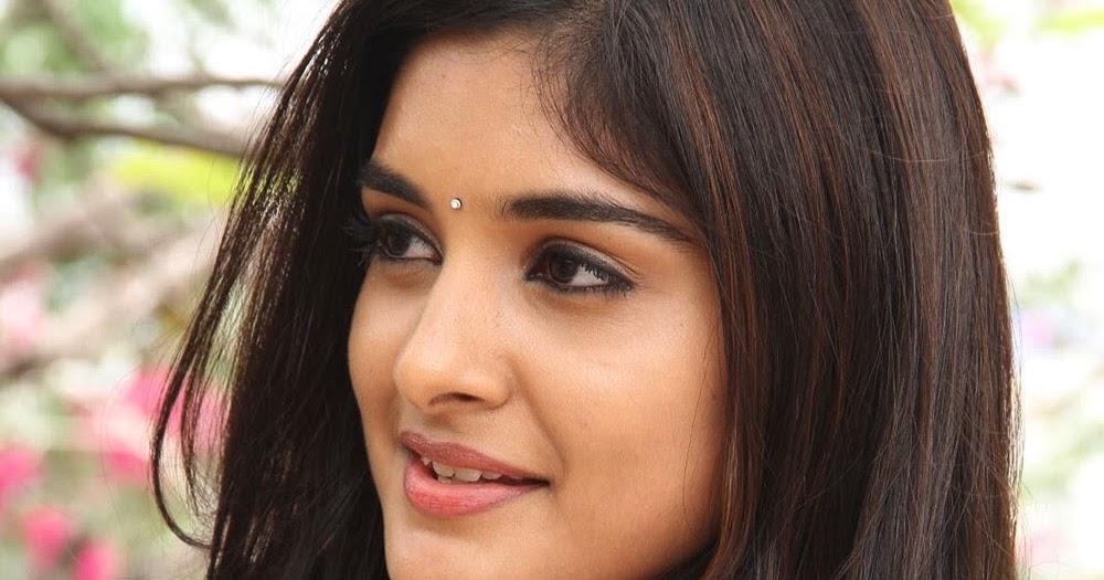 New Heroine Niveda Thomas Photos - HD Latest Tamil Actress, Telugu ...
