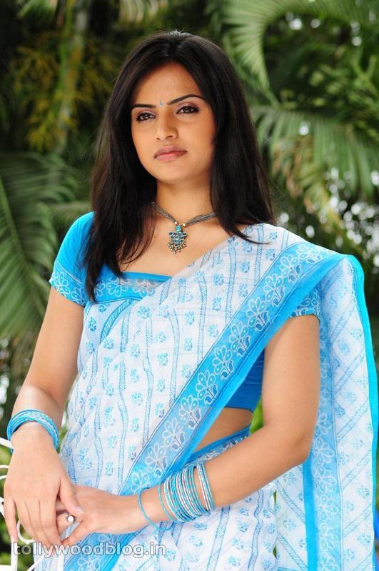 Reetu Kaur Hot Photos glamour images