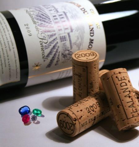 Trésor du Grand Moine: 4 pierres précieuses dissimulées dans les bouchons de bouteilles