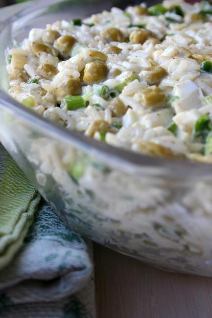 Sałatka z ryżem i szczypiorkiem