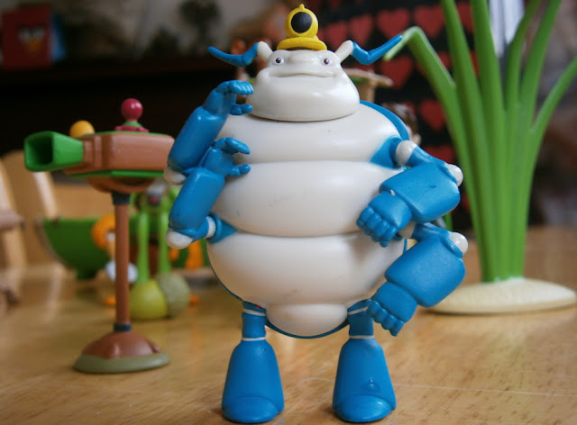 squirmtum character figure toy