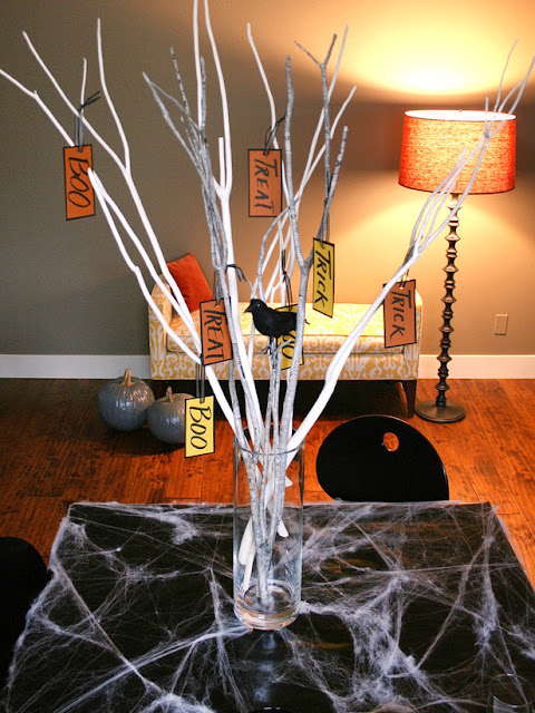 Modern furniture design easy halloween branch centerpiece for Fast drying paint for crafts