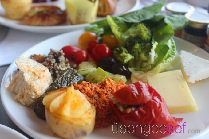 ritz-carlton-istanbul-brunch-and-roast-pazar-kahvalti