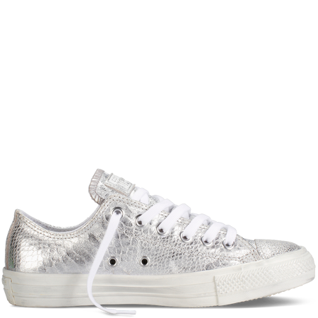 http://www.converse.com/regular/chuck-taylor-metallic/MP_5432.html?dwvar_MP__5432_size=055&dwvar_MP__5432_color=rose%20gold