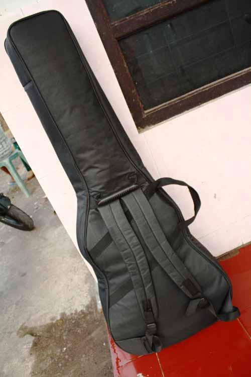 tas gitar akustik model ransel punggung