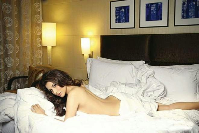 sophie choudry hot backless hd photo