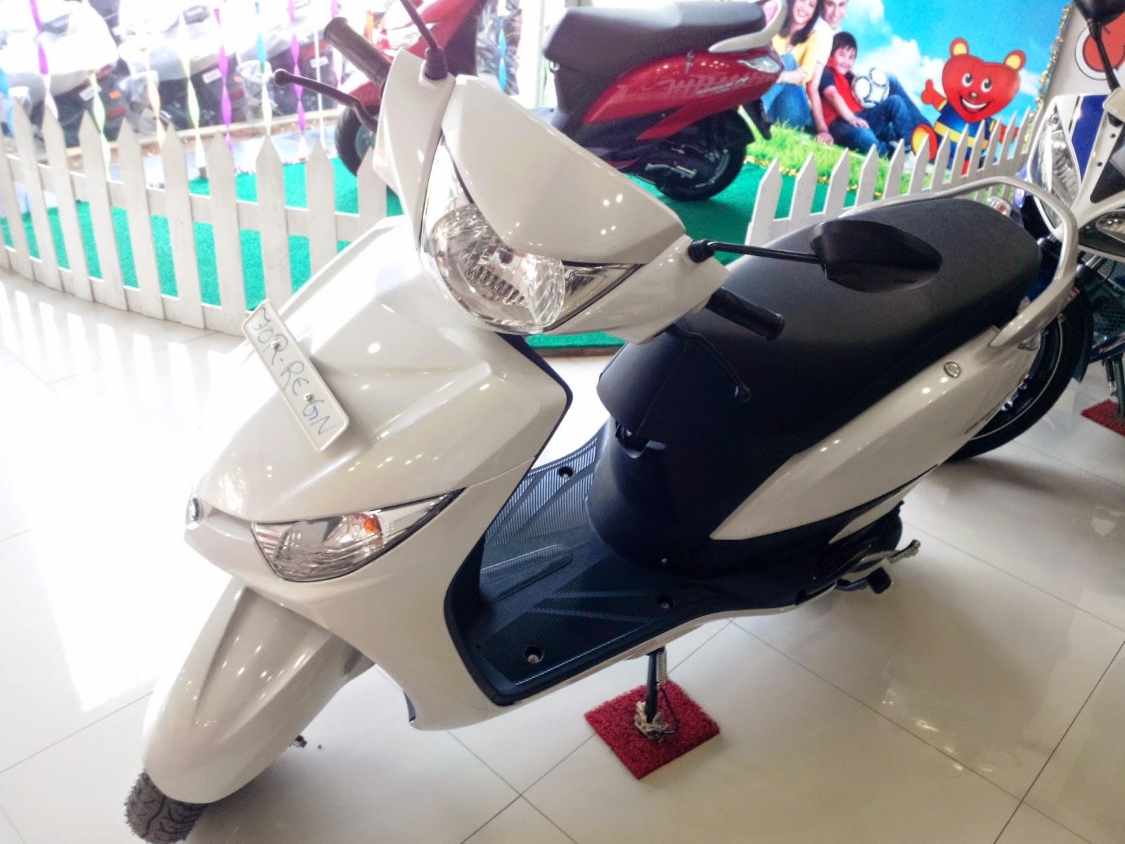 Yamaha Alpha White Color