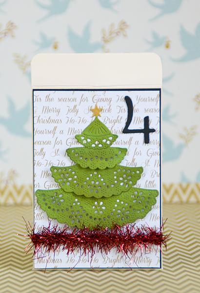 Tarjeta con árbol de navidad y estrella