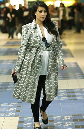 kim kardashian pregnant hot pic tren layer dress