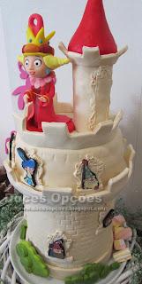 bolo aniversário Os 7A rainha Maravilha disney channel bragança