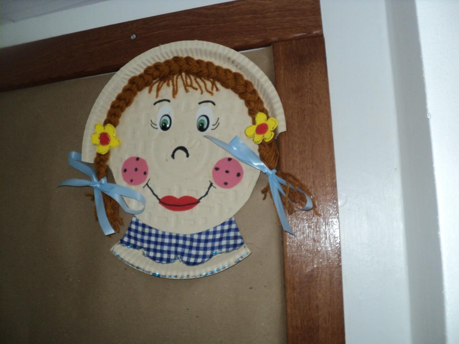 Armario De Quarto Feito De Caixote ~ Tathi sonho pratos decorados, artesanato na escola, decoraç u00e3o junina