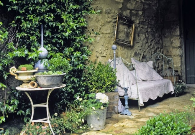 inspiration shabby: giardino provenzale - Arredamento Esterno Shabby