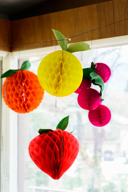 Be different act normal honeycomb fruit decorations for Decoration fruit