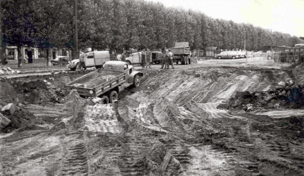 Nantes la ville d 39 apr s guerre nantes boulevard de stalingrad for Construction piscine nantes