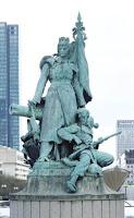 La défense de Paris statue