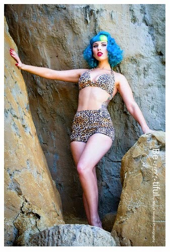http://www.vivalasvegas.net/pin-up-contest
