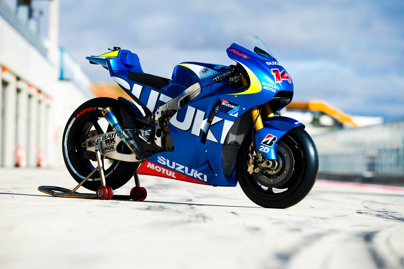 MotoGP - Saison 2013 - - Page 39 Suzuki+MOTOGP+2013+06