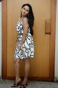 Ishika singh sizzling pics-thumbnail-13