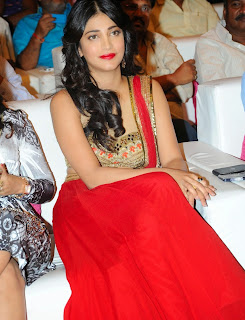 Actress Shruti Haasan Latest Pictures at Poojai Movie Music Release  82