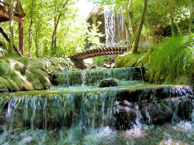 حديقة و مطعم ياكا بارك Tlos Yakapark في فتحية