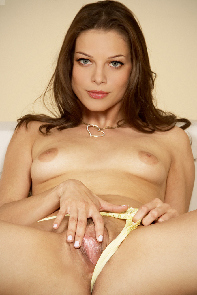 lauren german naked