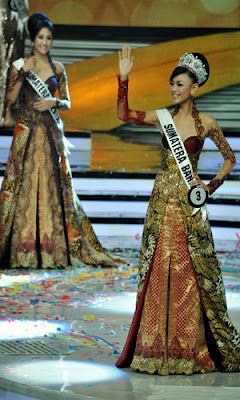 Fhoto Dan Biodata Puteri Indonesia 2013  asal Sumatra Barat