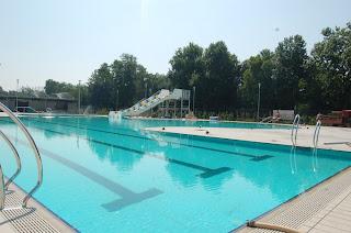 Il blog di ermanno zacchetti c 39 e 39 spazio per nuove idee in citta 39 apre la piscina all 39 aperto - Piscina trezzano sul naviglio nuoto libero ...